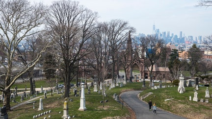Here's how much these expensive cemeteries charge for grave plots