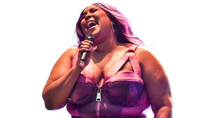 Lizzo claps back at fat-shaming doctor who cited 'obesity epidemic' for her popularity