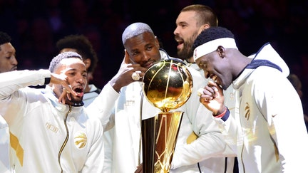 Drake, Raptors receive really big NBA championship rings