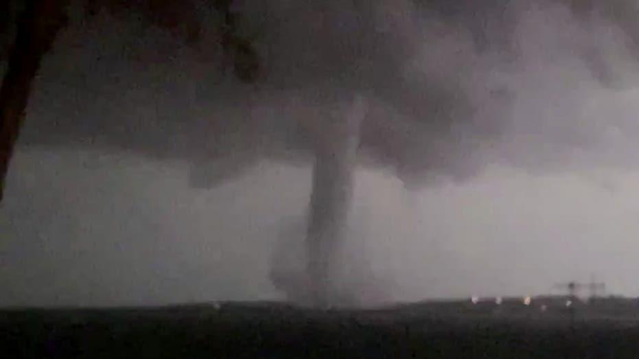 Dallas Tornado More Than 80 000 Customers Remain In The