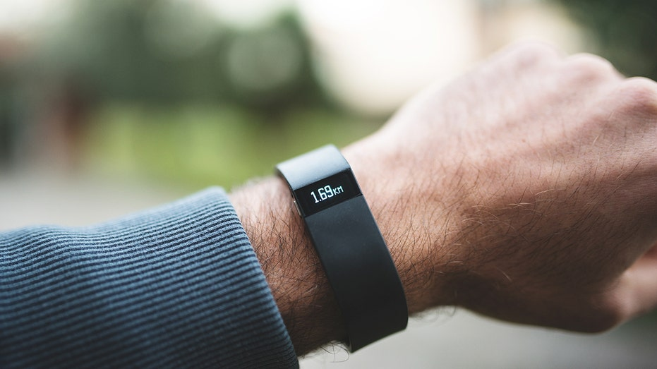 Fitbit in health partnerships to take on Apple Watch
