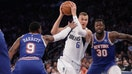 Kristaps Porzingis returns to hostile Madison Square Garden crowd for first time