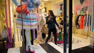 US retail sales rose a modest 0.3% in October