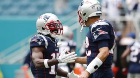 Antonio Brown offers himself as gift to Patriots as team loses to Texans
