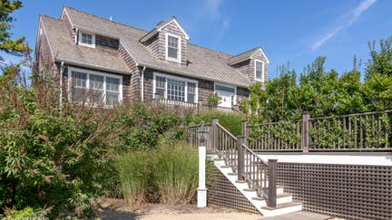 Mel Brooks' former beach house sells for nearly $5M. Take a look inside.