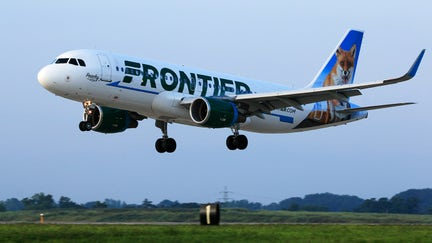 Frontier Airlines pilots, flight attendants sue for discrimination
