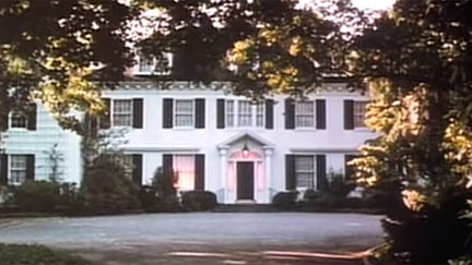 'Money Pit' mansion lives up to the 1986 movie script, with owners selling at a loss