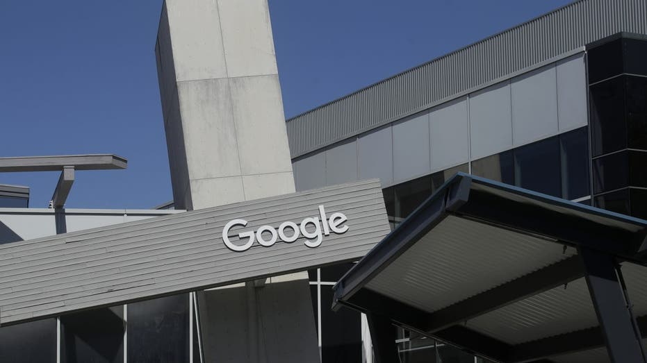 Google will offer checking accounts, says it won't sell the data