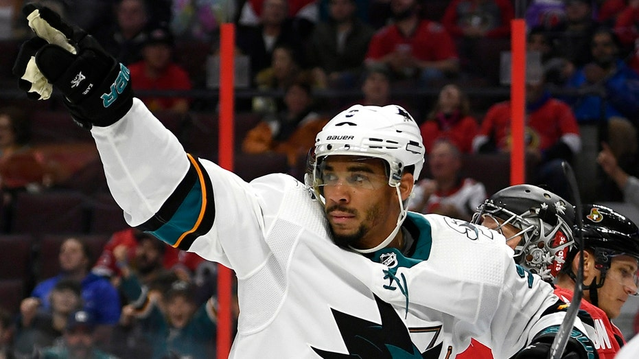 Sharks' Evander Kane owes casino $500K after gambling during playoffs