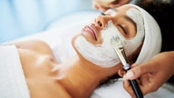 'Face exercise' trend cutting into plastic surgery business