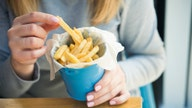 New York's $200 french fries offer 'escape' from reality
