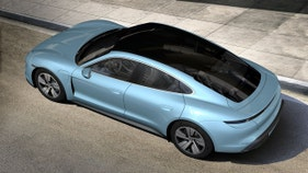 Porsche's electric Taycan draws 30K down payments
