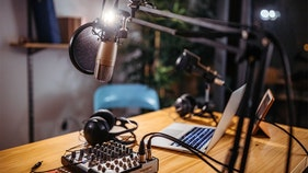 FCC planning to slap 'highest fine ever' on two pirate radio operators