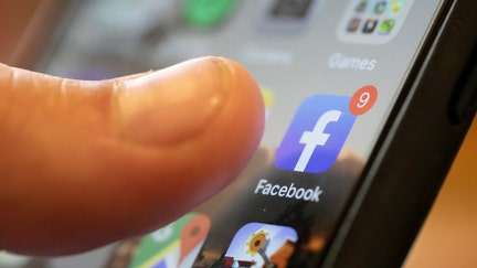 Facebook operating system in the works, but critics are skeptical