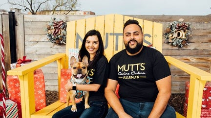 Foodies, doggies eat under one roof as MUTTS franchising begins