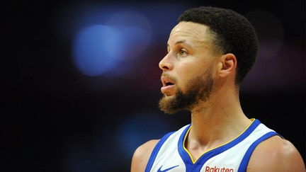Steph Curry 'absolutely' not the man in leaked nude photos, agent says