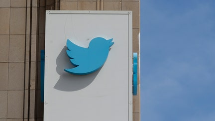 Twitter will let users control who can reply to their tweets