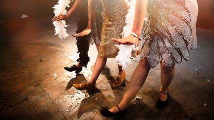 New Year's revelers to celebrate the new Roaring Twenties, Gatsby-style