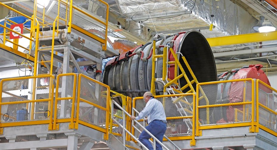 NASA Engineers Deliberately Broke SLS Fuel Tank To Test Extreme Limits