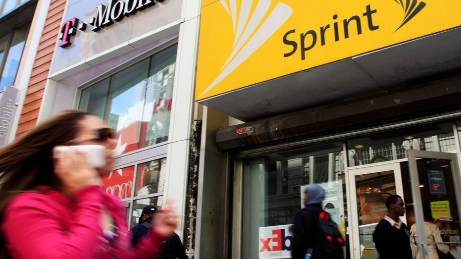 Mobile Closes Merger With Sprint, and a Wireless Giant Is Born