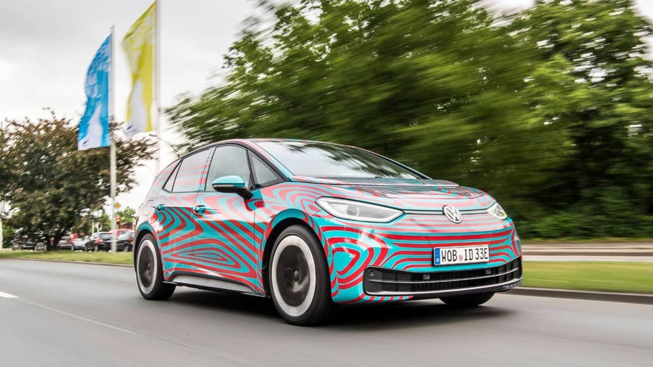 Vw To Introduce 34 Models In 2020 Amid Electric Car Push Fox Business