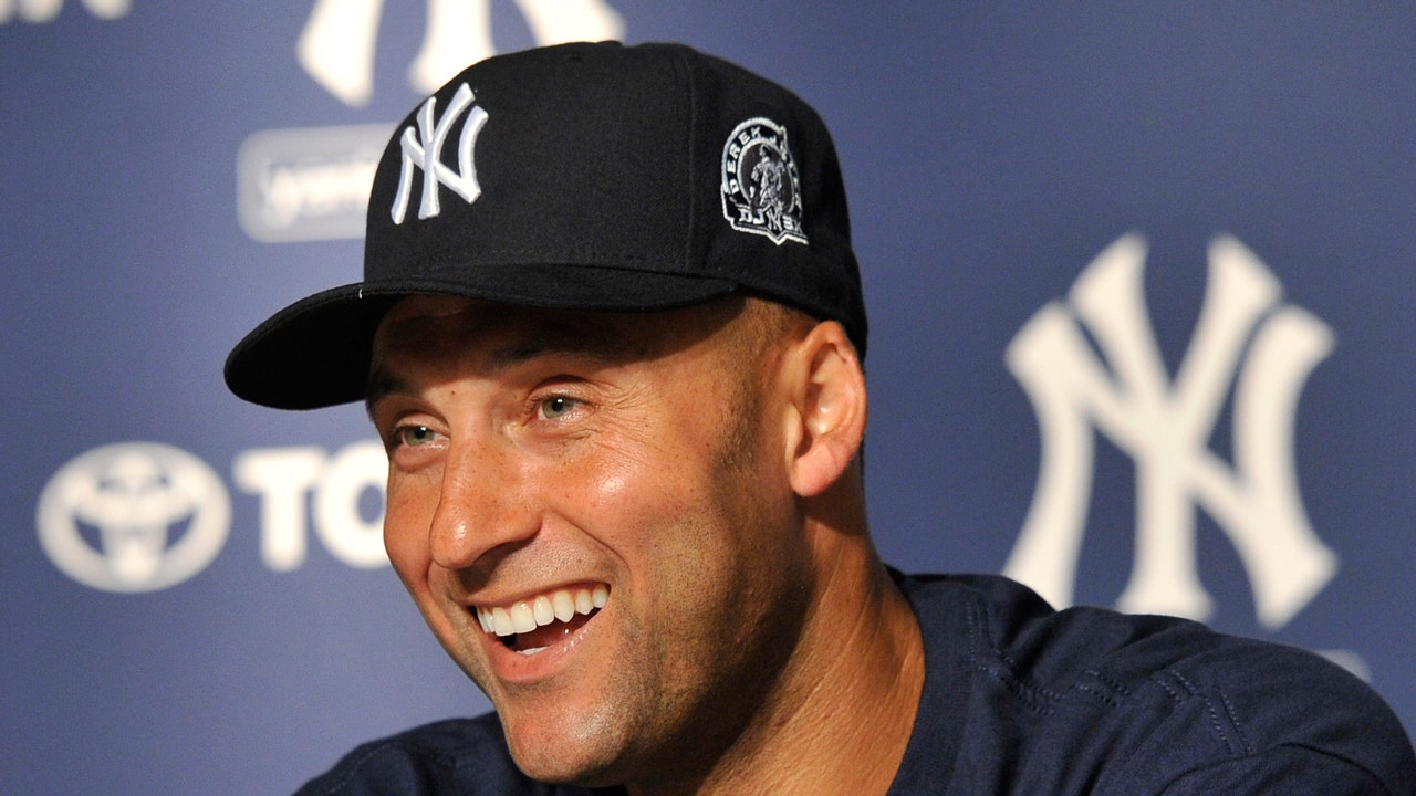 What is Derek Jeter's net worth?
