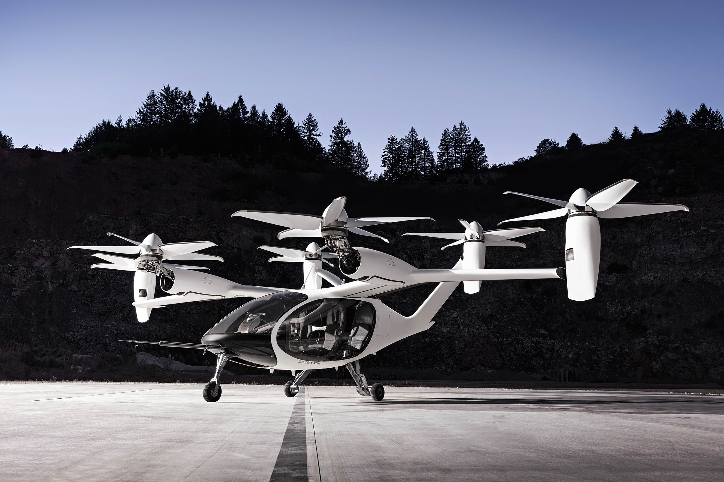 Joby's electric flying taxi completes 150-mile flight