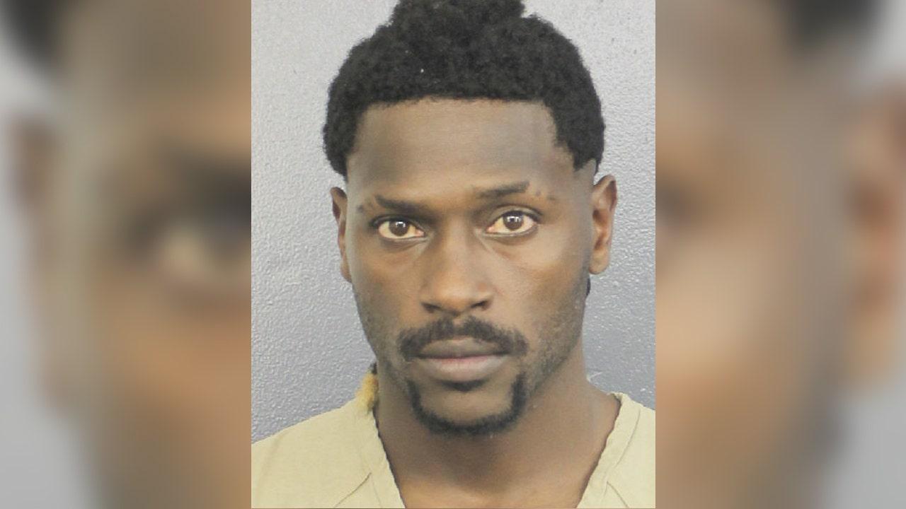 NFL's Antonio Brown's Florida attorney steps back from footballer's burglary case