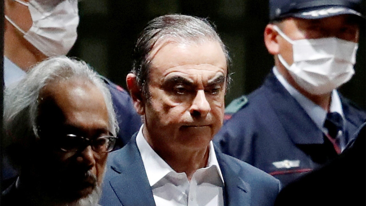 Nissan shareholder proposes $13M bounty for Ghosn's return to Japan