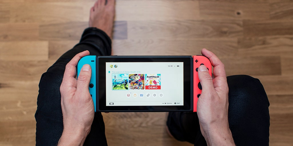 Can You Get Roblox On Nintendo Switch Lite Nintendo To Launch Upgraded Switch Console In 2021 Reports Say Fox Business