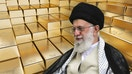 Gold plunges from 7-year high after Trump says Iran 'standing down'