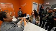 Illinois starts selling recreational marijuana