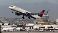 Delta and its pilots ask mediator for help in contract talks
