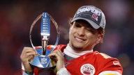 Patrick Mahomes tops Tom Brady as NFL player sales leader