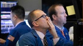 Navarro's Dow 32,000 prediction a 'fool's errand': Market expert