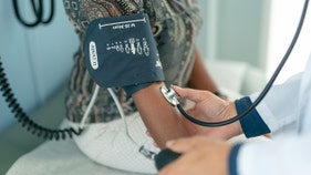 Women's blood pressure rises earlier in life than men's: Study