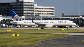 United flight returns to Newark in flames