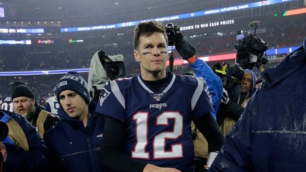 Tom Brady, without contract for next season, 'unlikely' to retire