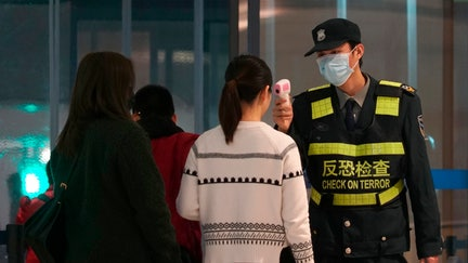 China's coronavirus kills 6, infects 291 as airports crack down on travel amid outbreak fears