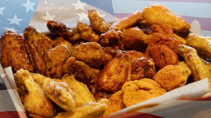 Buffalo Wild Wings bets on NFL championship game: Free wings if game goes into OT