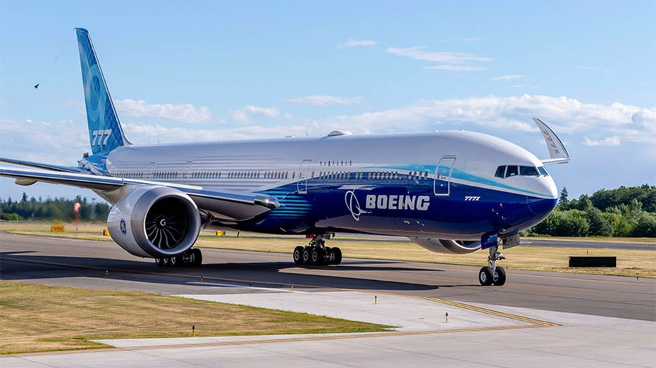 Look at the first flight of the Boeing 777X