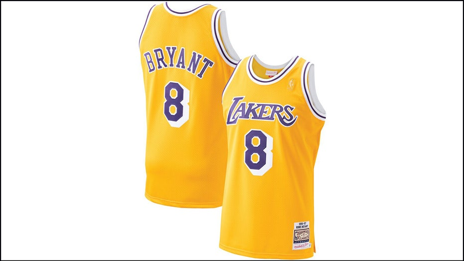 Kobe Bryant jersey, sneaker prices surge after fatal helicopter ...