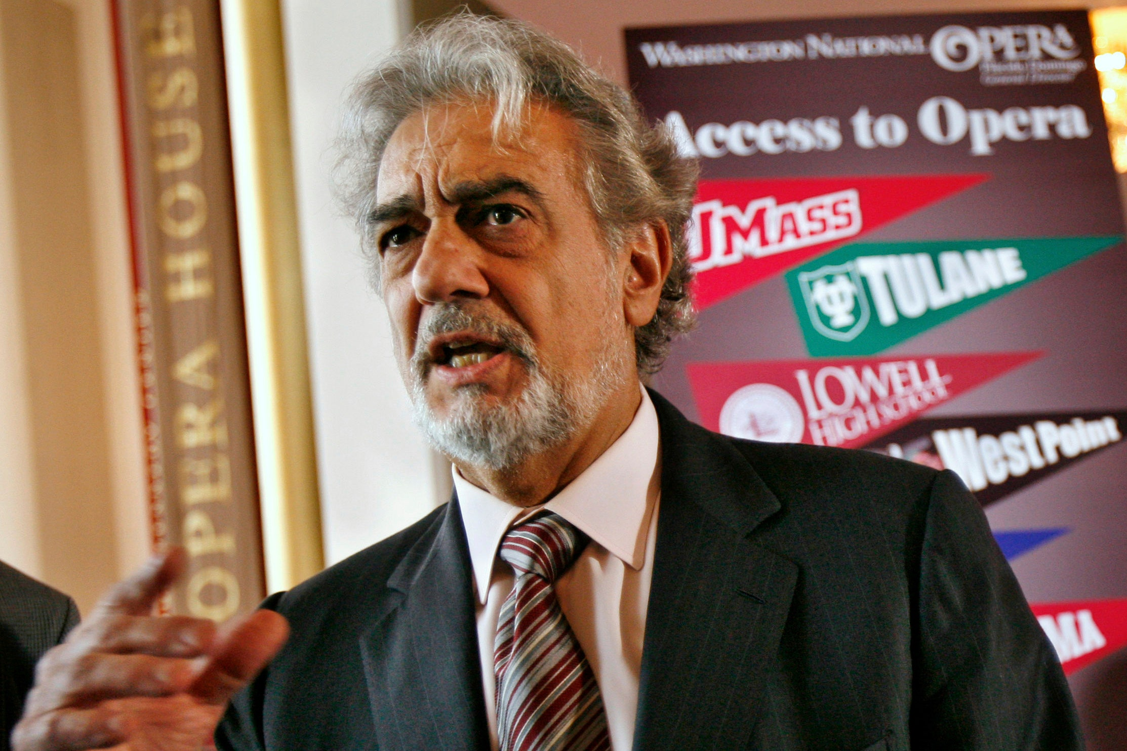 Plácido Domingo abused power, US opera union probe finds