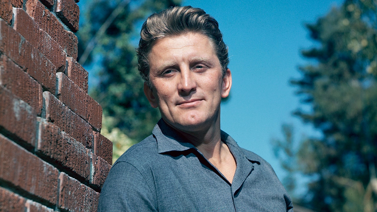 Kirk Douglas gives most of $61M fortune to charity, leaving nothing for son Michael