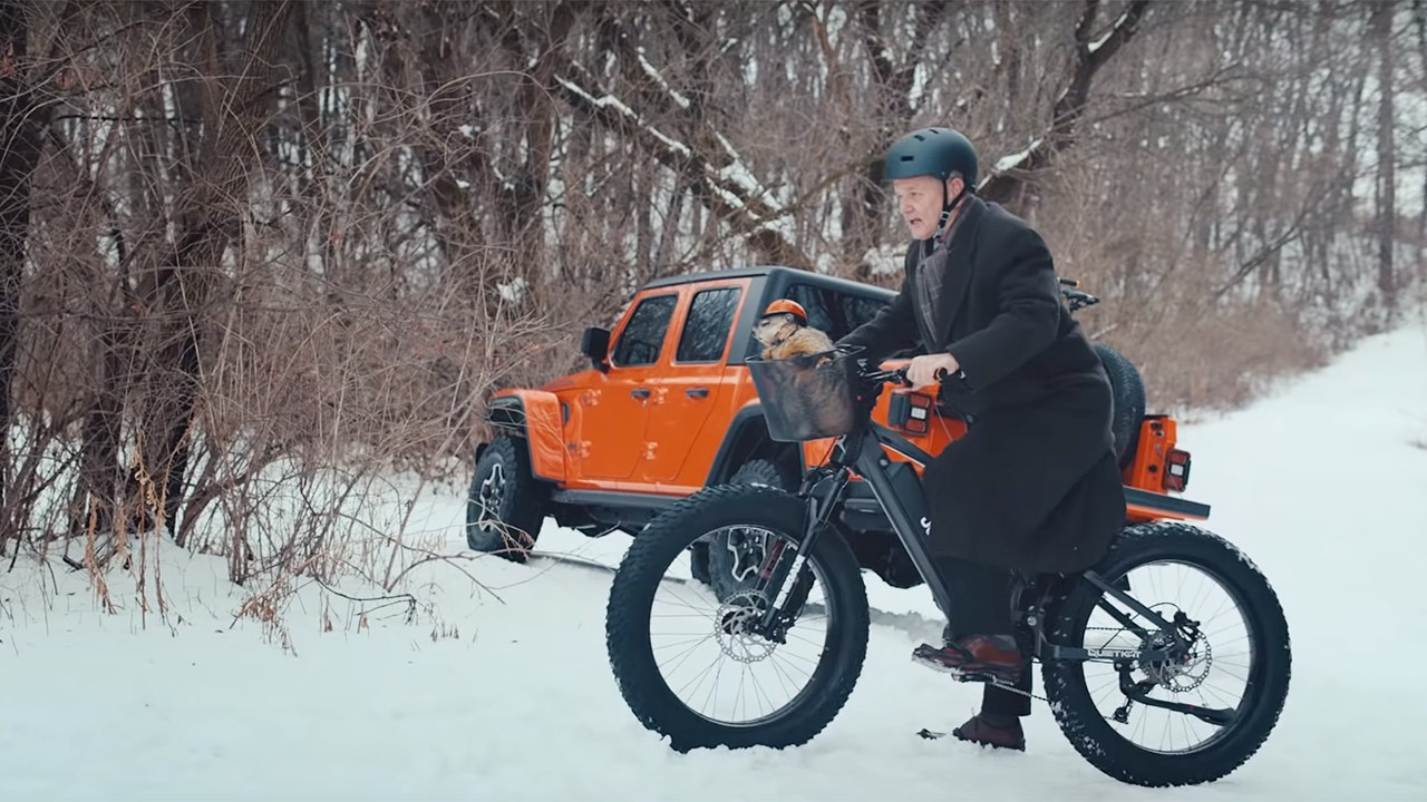 Super Bowl ads: Jeep's 'Groundhog Day' is top-rated commercial