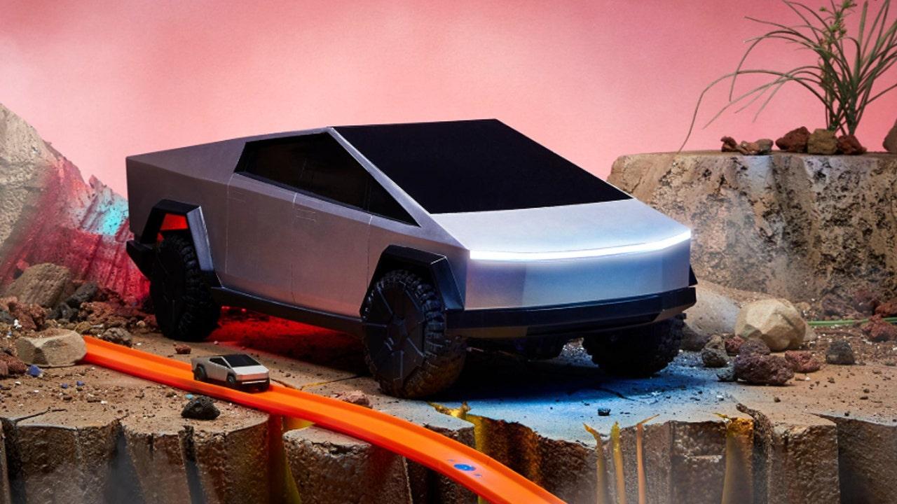 Tesla's Cybertruck made into Hot Wheels RC cars | Fox Business