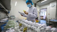 Coronavirus 'not bothering' L'Oreal supply chain, CEO says