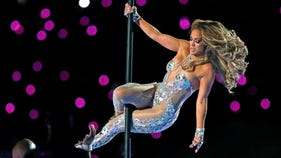 FCC slapped with complaints over Jennifer Lopez, Shakira halftime show