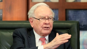 Warren Buffett drops these stocks as coronavirus hammers markets