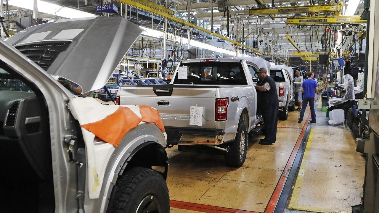 White House ramps up effort to tackle automotive chip shortage - Fox Business